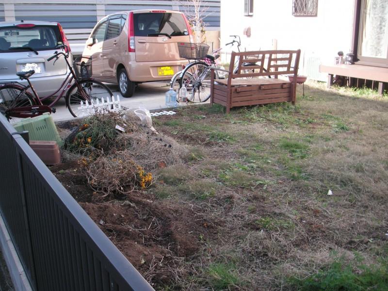 以前は芝の手入れが大変だったお庭