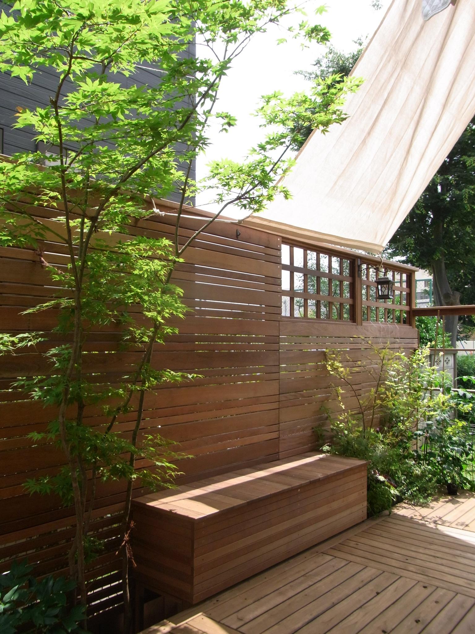 シンボルツリーがヤマモミジのお庭(ガーデン)