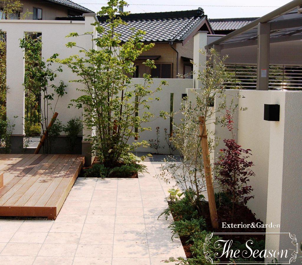 ウッドデッキとタイルテラスを複合したお庭(ガーデン)作り。