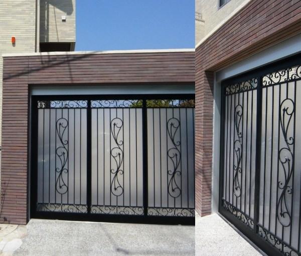 外部からの視線を考慮した特注のガレージ門扉
