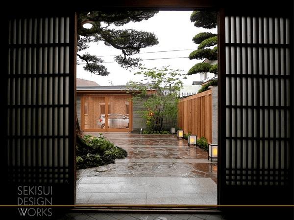 和風の外構お庭(ガーデン、エクステリア)ザ・シーズン大阪北