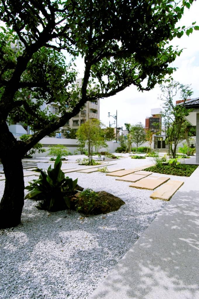 ガーデンリフォーム:モダンな和庭園