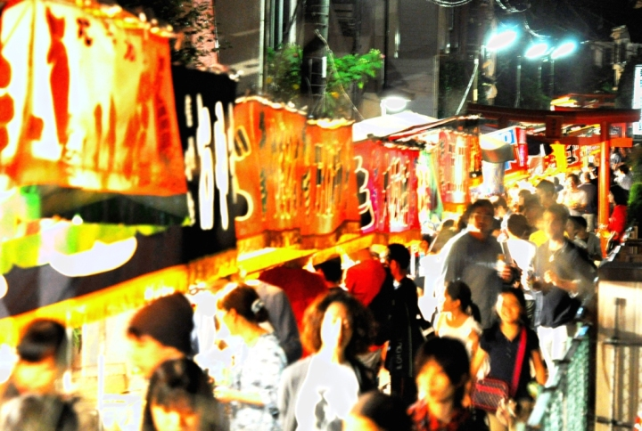 世田谷区桜新町(住所は新町)秋祭りの夜店