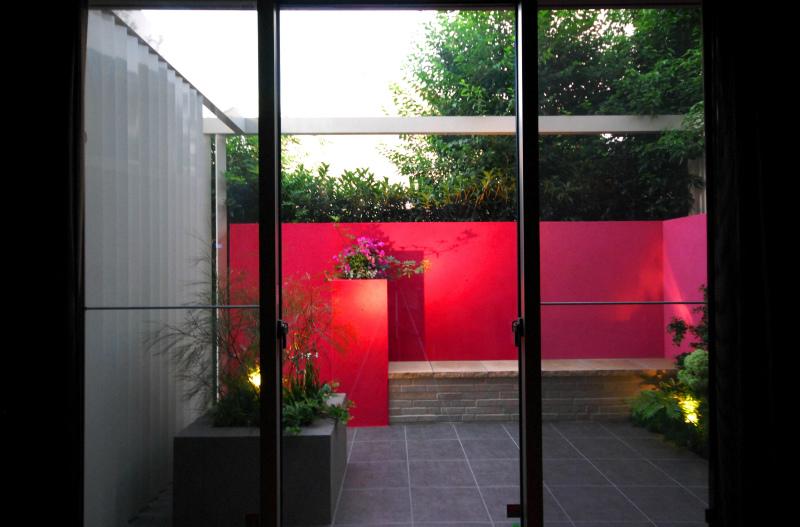ルイス・バラガンへのオマージュ エクステリア&ガーデン