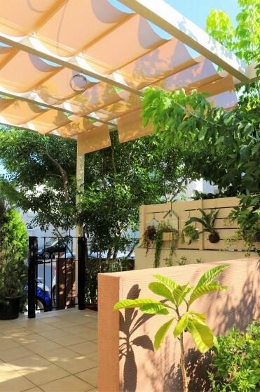 緑が映えるフレンチスタイルの庭S様邸