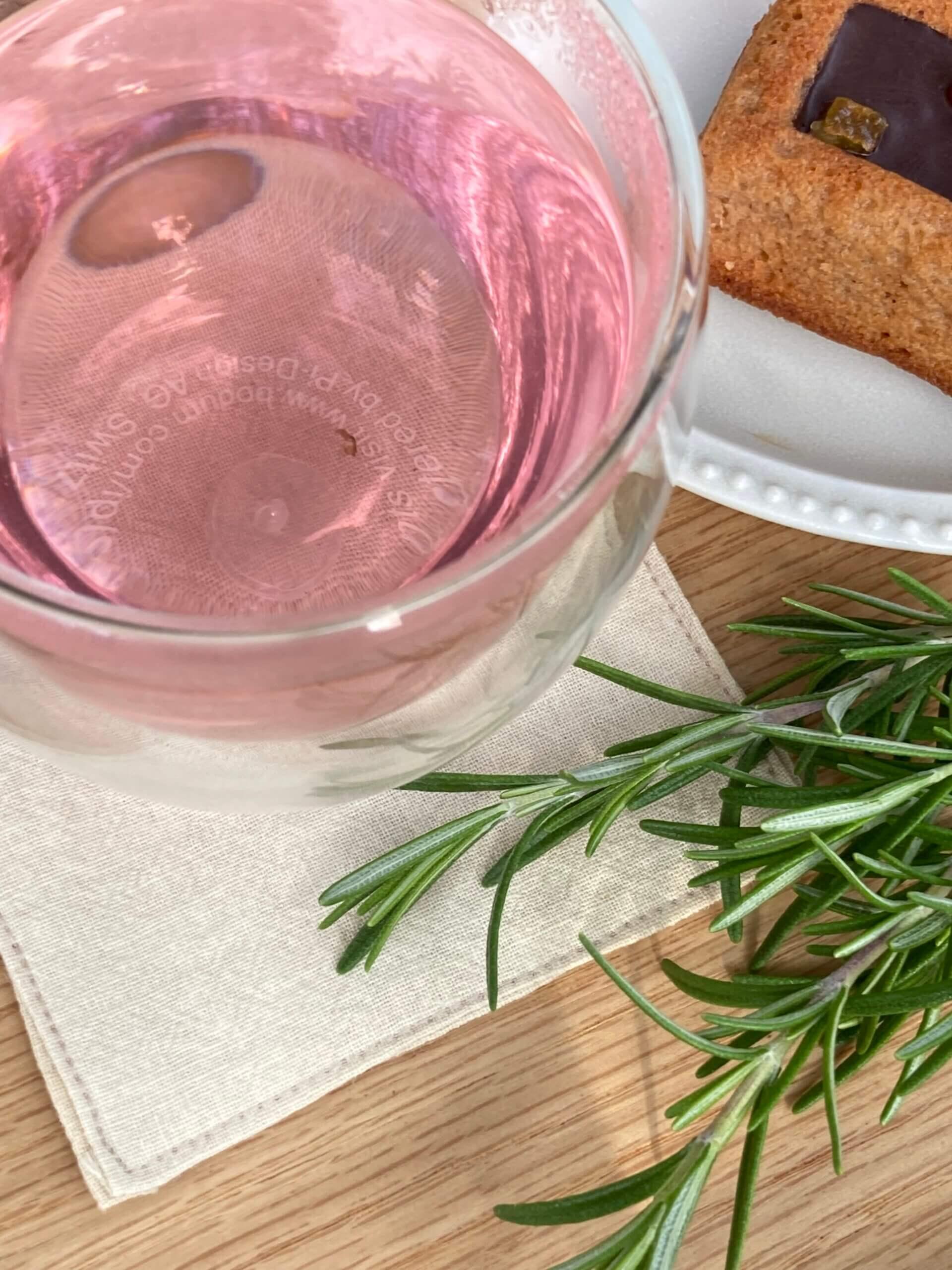 『美しい植物たち  ~ご自宅で簡単ローズマリーのハーブ染め~②』<br>~印西市、酒々井町、佐倉市でリフォーム工事をお考えのお客様に~